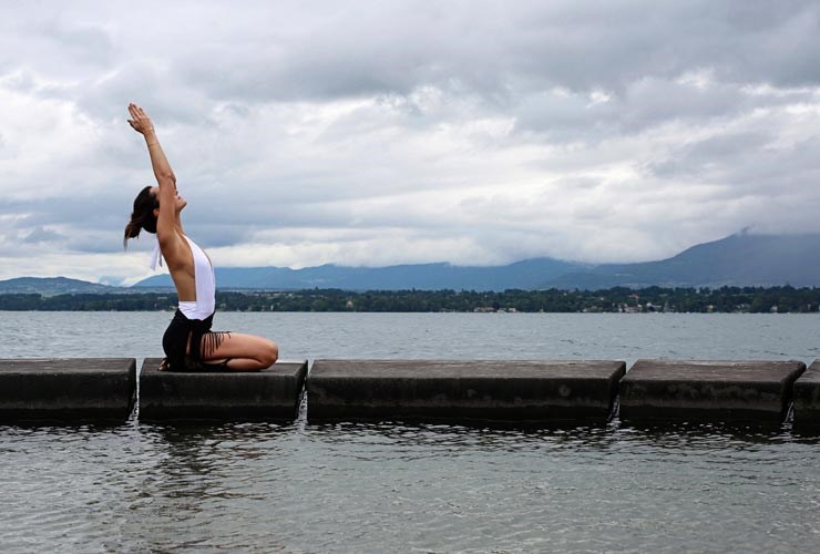 Nadine Graves yoga by the lake of geneva